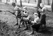diese Kinder sind zu jung fur pistolen