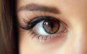 Los ojos cafes