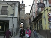 THE FORTIFIED GATEWAY TO THE TOWN