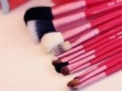 Makeup & Eyes