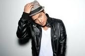 my favorite singer is Bruno mars