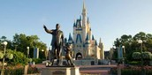 Disney World and Walt as a statue