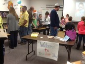 Mrs. Kurtz's 3rd grade class invited parents in to see their rock collections.