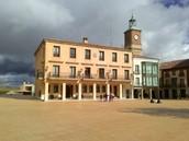 In the palace of Hurtado de Mendoza