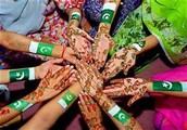 henna with the Pakistan flag