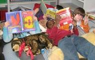 Book nook readers
