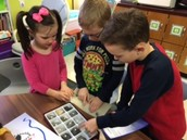 How are rocks alike and different?