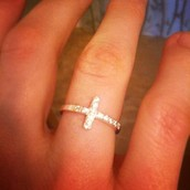 The Cross ring - stearling silver