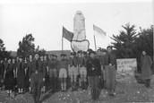 חיילים ליד קבר יוסף