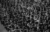 אוגוסט לנדסמר באירוע חניכת ספינת האימונים הנאצית