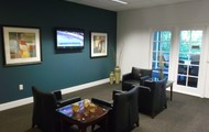 Modern, Fully Equipped Business Lounge