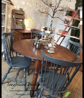 Round Oak Table ~ $225