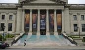 #1 . Visiten el Franklin Instituto
