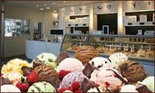 Nuestra tienda vende los mejores helados del mercado.