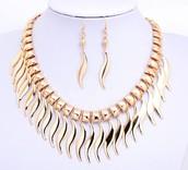 Fashion Shaped Women Jewelry Sets