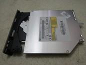 2.- Unidad grabadora DVD-RW.