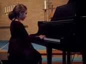 Yo tocó el piano.