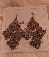 Chantilly Gold Drops Earrings $20