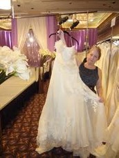 Consumers Can Easily Realize Best Style With Las Vegas Bridal Gown Throughout Their Special Day