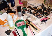 What Are the Advantages of Joining a Leading Course Professional Make-up School?