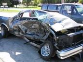 سيارة محطمة بسبب شرب الكحول
