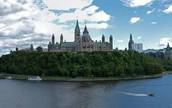 Viens A La meilleur Ville Au Canada!