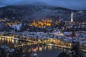 Die Altstadt mittem im Winter