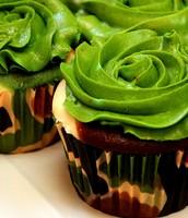 Cute Camo Cupcake!