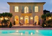 Luxury South of France Villas for a 5 Superstar Vacation