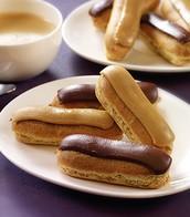 Eclairs au chocolate et cafe
