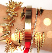 Love this Arm Party!