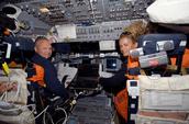 Langues & ce que ton astronaute fait dans ses loisirs