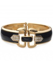 Duchess Hinged Bangle