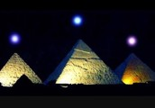 Why did Egyptians want the pyramids to be SPECTACULAR?