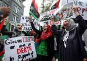 Libya people protesting