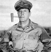 Douglas MacArthur: