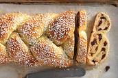 Garlic and herb bread knots