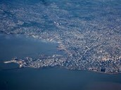 Aprenda sobre montevideo y coma. Learn about Montevideo and eat.