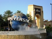 I also went to Universal Studios in Orlando, Florida.