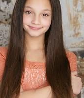 Kayla Maisonet as Tara
