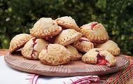 Strawberry-Rhubarb Hand Pie