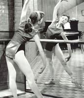 Audrey en clase de danza