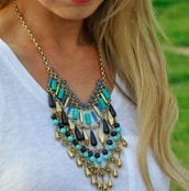 MALTA BIB STATEMENT NECKLACE $40 (65% OFF)
