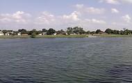 Peaceful Lake...