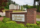 LAKESHORE GRANDE LUXURY APARTMENT HOMES