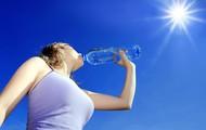 Buvez 2 á 3 litres d'eau par jour