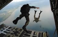 Air men jump