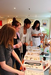 Top Tips To Book Trunk Shows!