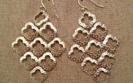 SIGNATURE CLOVER CHANDELIER EARRINGS - SILVER