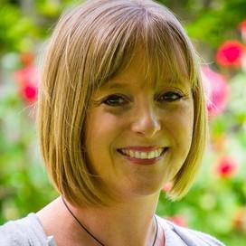 Lara Hearn profile pic
